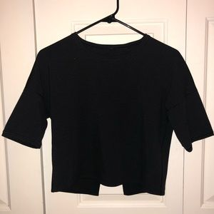 Black Lululemon crop top